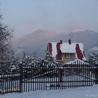 Večerní pohled na Lysou horu z úpatí Smrku