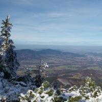 Pohled do údolí Ostravice z vrcholu Smrku